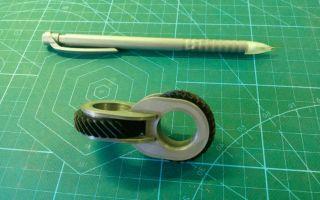Как сделать антистресс игрушку 3D из пластика и шестерней
