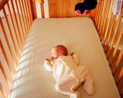 Мнения экспертов о детской подушке из ортопедических материалов