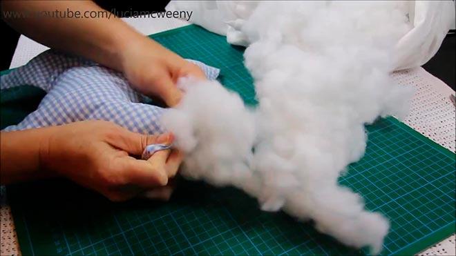Подушка-собака из рубашки 10