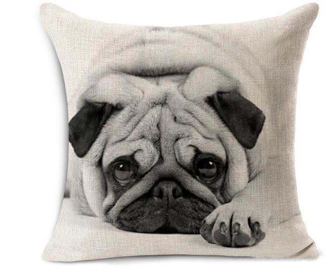 Подушка с изображением собаки