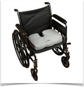 Подушка в инвалидном кресле