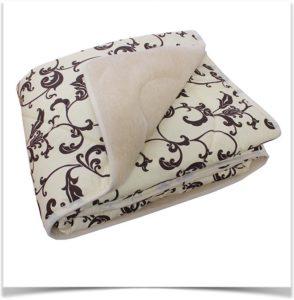 Двустороннее одеяло из шерсти