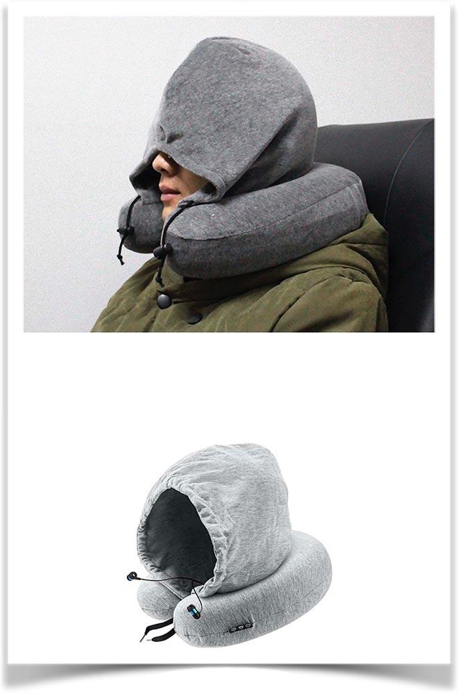 Подушка на шею с капюшоном