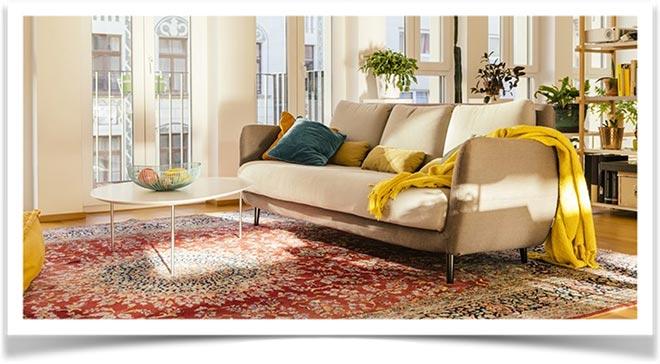 Плед на диване 22