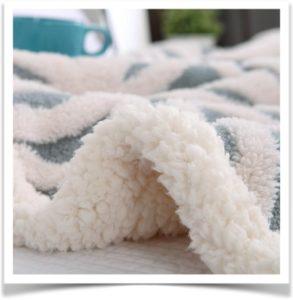 Теплое меховое одеяло с рисунком