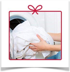 Стирка белья в машинке стиральной
