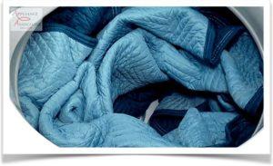 Большое одеяло в стиральной машине