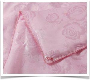 Одеяло розовое