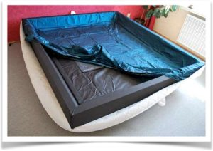 Каркас кровати под водяной матрас