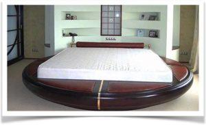 Круглая конструкция кровати-подиума под матрас