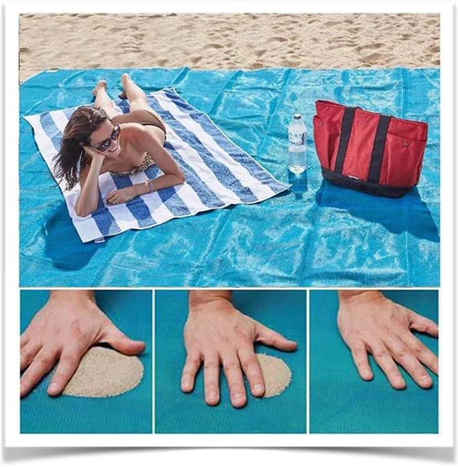 Девушка загарает на Sand Free Mat