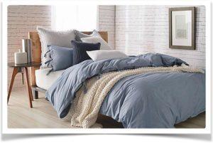 Плед одеяло на кровати