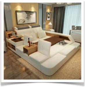 Большая кровать-подиум с креслами и баром