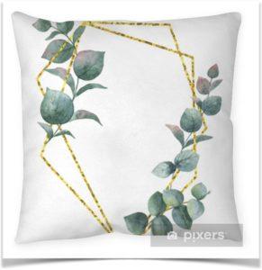 Подушка с листьями