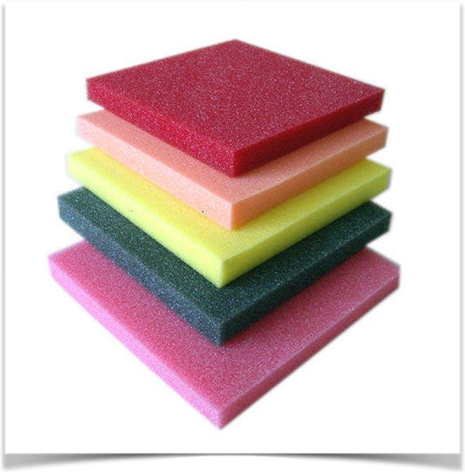 Поролон в квадратах разного цвета
