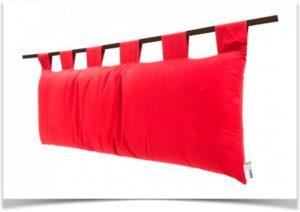 Красная подвесная подушка